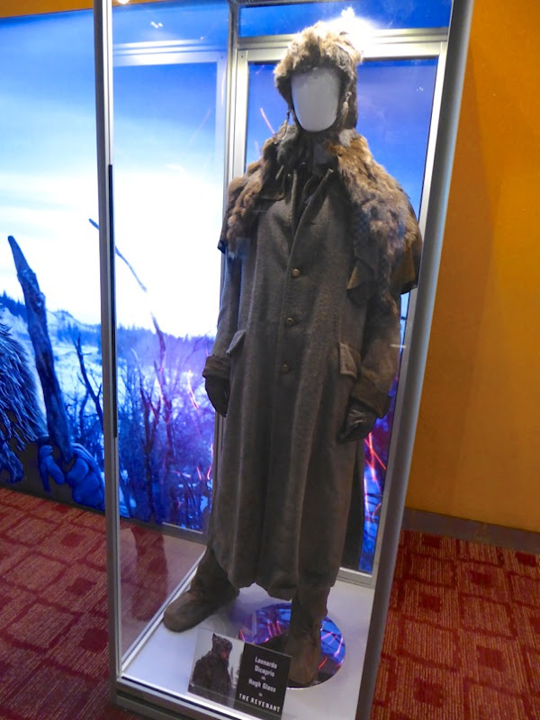 Leonardo DiCaprio Hugh Glass costume The Revenant