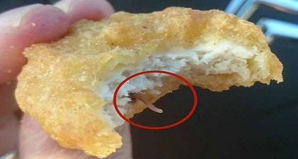 OMG-OTRA-VEZ!-Mira-lo-que-encontraron-en-McDonalds-Chicken-Nugget