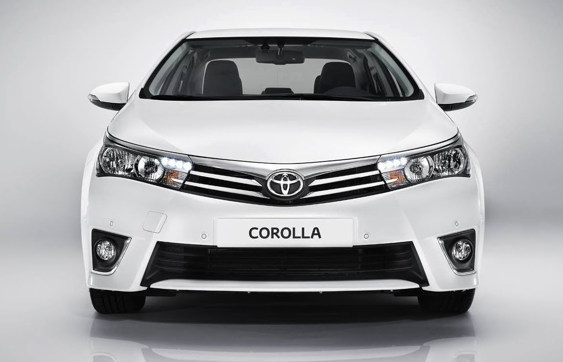 Toyota showcased the new corolla altis at the auto expo revealing the details on the brochure of the new model the styling is quite impressive and