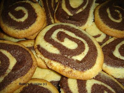 Τραγανά δίχρωμα μπισκότα