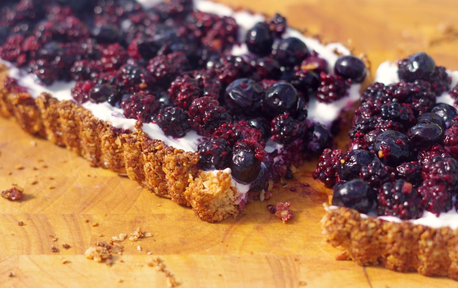 Healthy Blackberry Yoghurt Tart