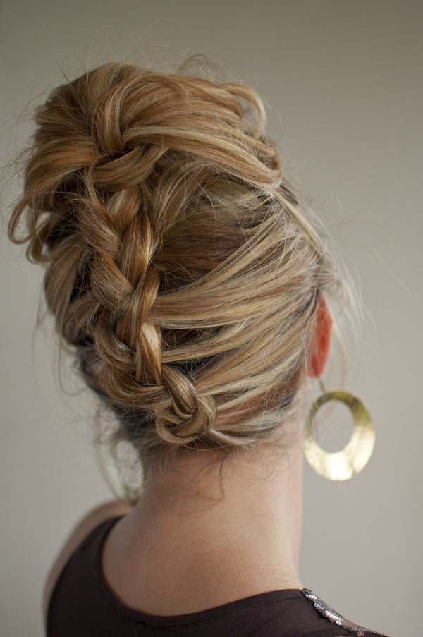 30 Days Of Twist Pin Hairstyles Day 13 Hair Romance