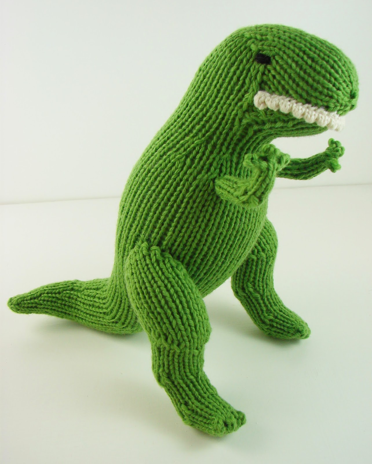 Knit Dinosaur Pattern : Auntie Ems Studio: What a busy fall its been!