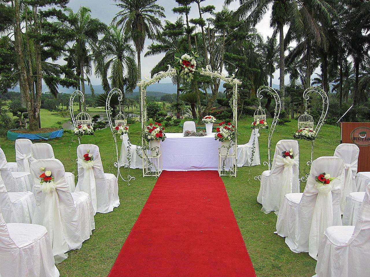 Liangliang diary garden wedding decoration bukit jawi golf course - Garden wedding ideas decorations ...