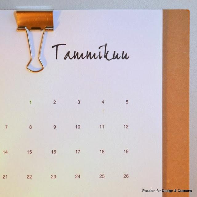 Tee-se-itse -seinäkalenteri