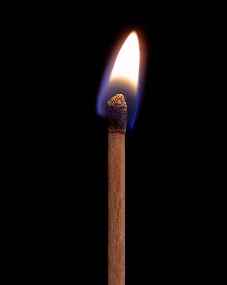 http://1.bp.blogspot.com/-VnT7YAqtUko/UD0vfeSA3jI/AAAAAAAAAJI/rVYY7vPvR94/s1600/lit+match.jpg