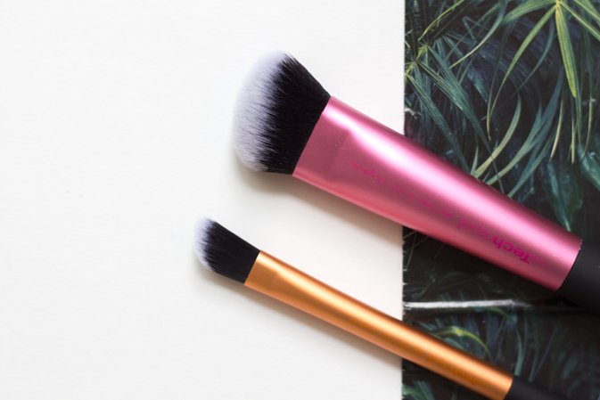 real techniques sculpting brush and concealer brush review 2015