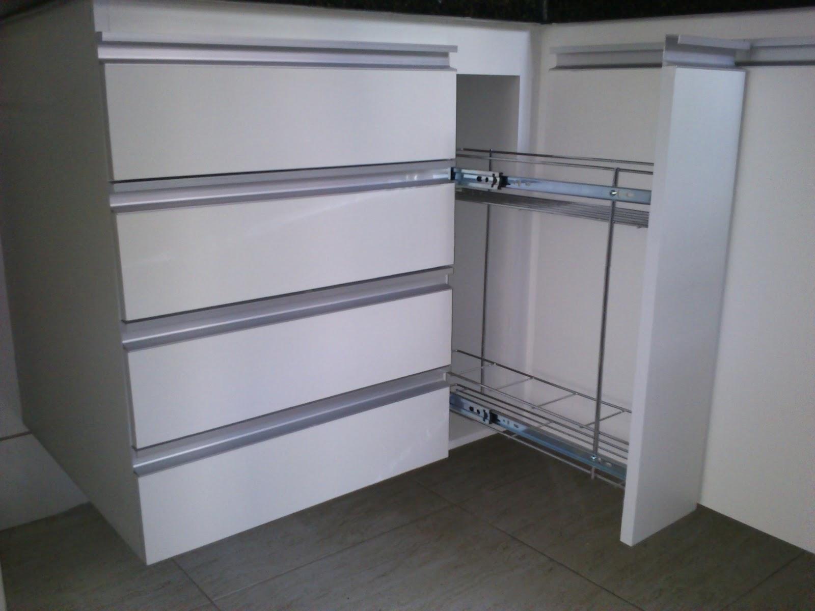 Puxador de armario de cozinha plastico - Armarios de plastico ...