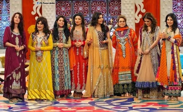 Mehndi Function Dresses : New fashion in pakistan beautiful mehndi dresses pakistani girls