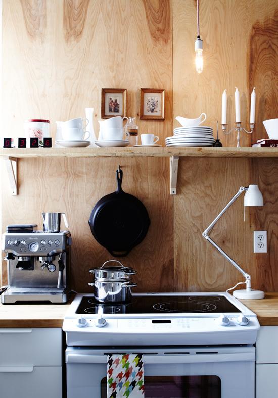 A Cozy Temporary KitchenPoppytalk