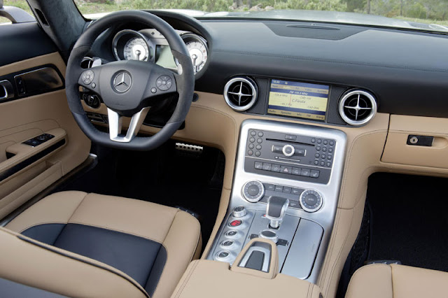 2012 Mercedes Benz SLS AMG Roadster interior accesories