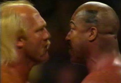 WWF / WWE SURVIVOR SERIES 1989 - Hulk Hogan and Zeus square off