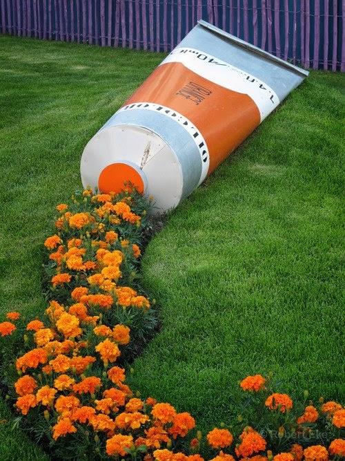 Mon jardin fleuri: Massif original, peinture orange...