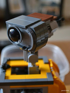 lego wall-e: one eyed