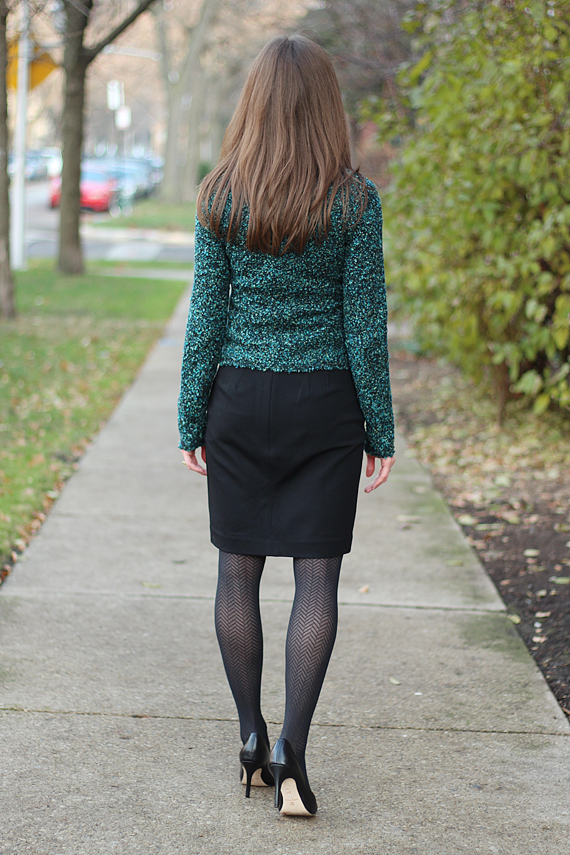 StyleSidebar - Green Tweed sweater jacket, black pencil skirt, chevron tights