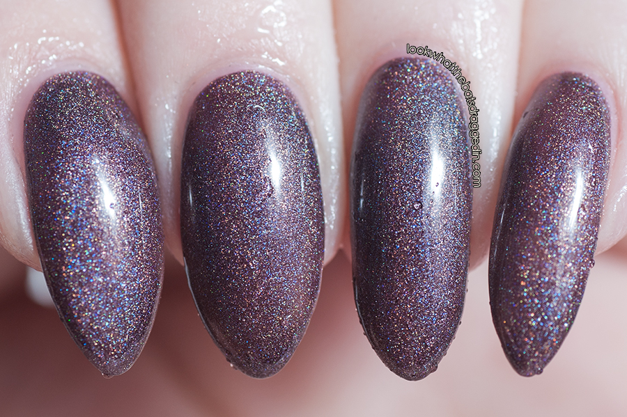 Polished by KPT Belle Ami thermal nail polish swatch cold