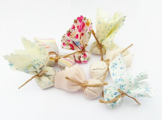 Shabby chic / Vintage themed wedding favour