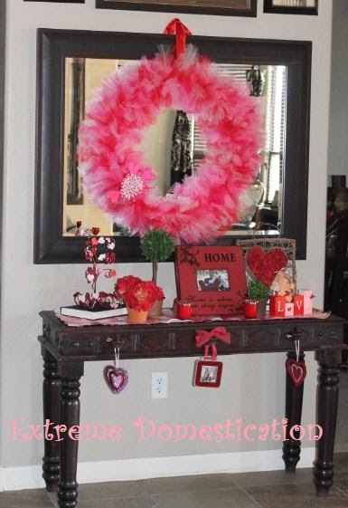 Extreme Domestication Tulle Valentines Day Wreath