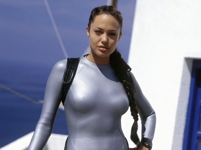 angelina jolie has both breasts removed bodybuildingcom