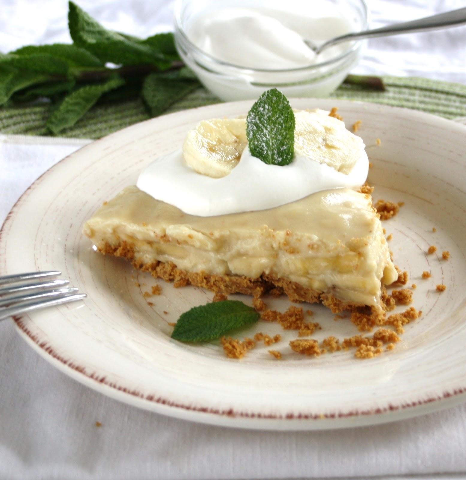 Vanilla Infused Banana Cream Pie with a Whole Grain Graham Crust