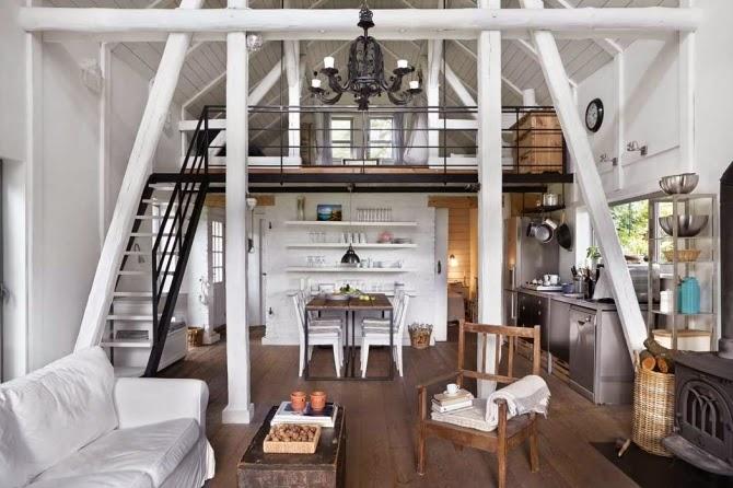 Home] Antiguo granero reconstruido en cálido estilo nórdico ...