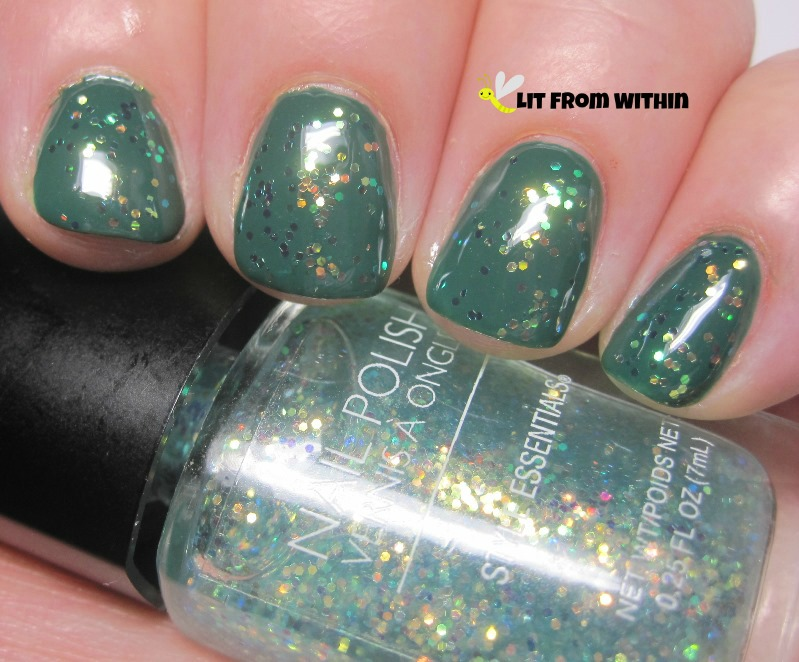 Style Essentials iridescent glitter over Ulta Green And Wear It