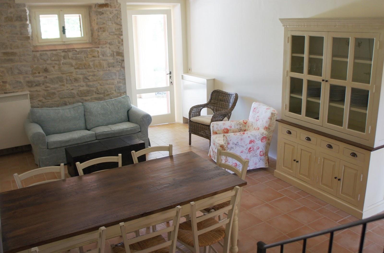 Fattoria fontegeloni nuovi appartamenti new apartments in for Divano color tortora