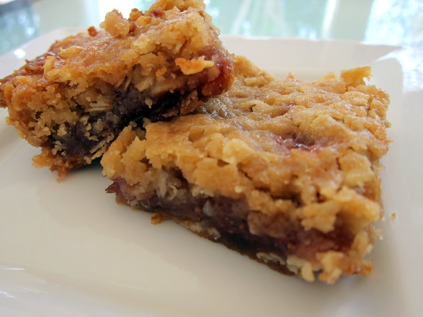 for Mommy: Strawberry Oatmeal Bars