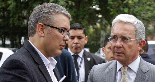 Uribe impulsa la guerra contra Venezuela y Duque le para el trote