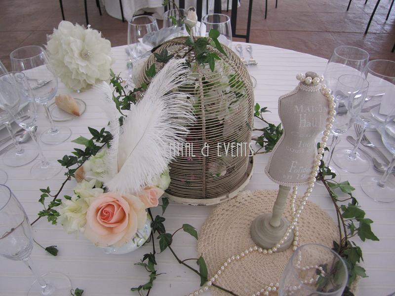 Centros de mesas para matrimonio en reciclaje for Mesas vintage