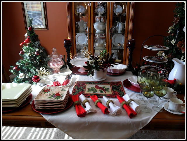 Robin Flies South Christmas Breakfast Buffet