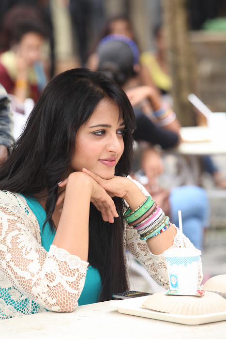 anushka new from mirchi latest photos
