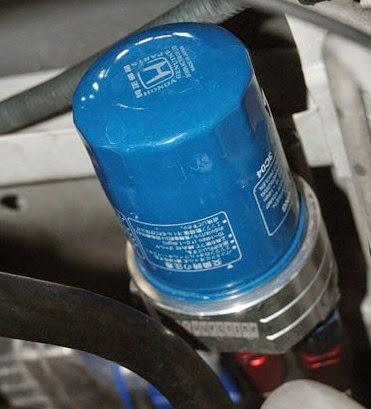 Tips Cara Mengganti Oil Filter / Saringan Oli Mobil dan Motor Sendiri