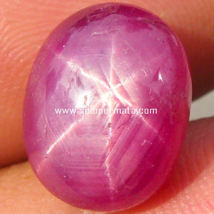 Batu Permata Ruby Star