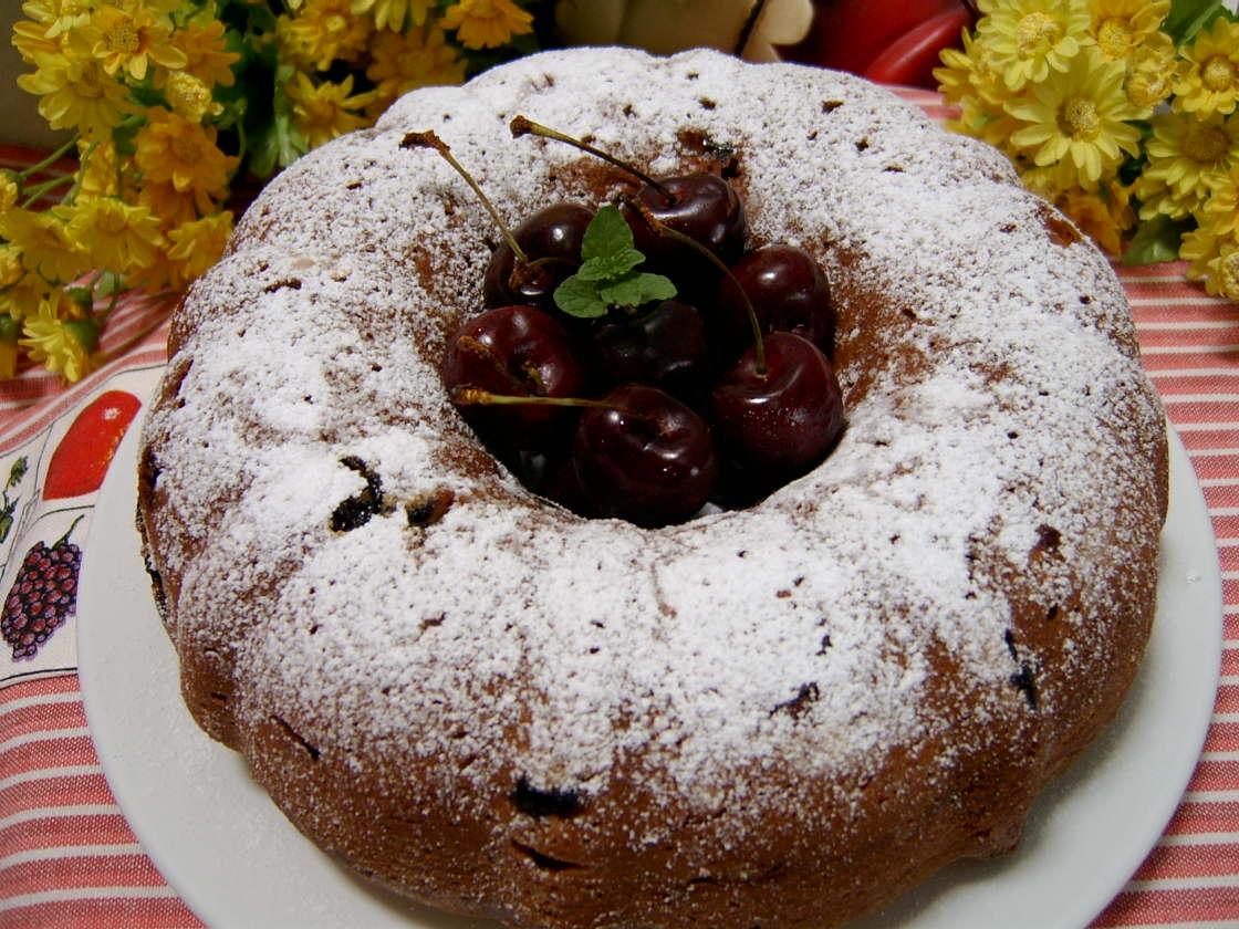 Through The Kitchen Door: Cherry Buttermilk Bundt Cake