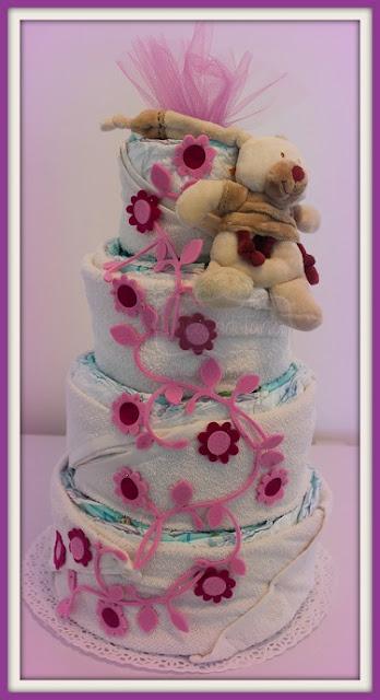 torta di pannolini tralci di fiori