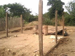 Siguen los desalojos en Cuba socialista: Viviendas reducidas a escombros en Bayamo  Asi+quedaron+muchas+viviendas+en+Bayamo+luego+del+desalojo+PICT0254