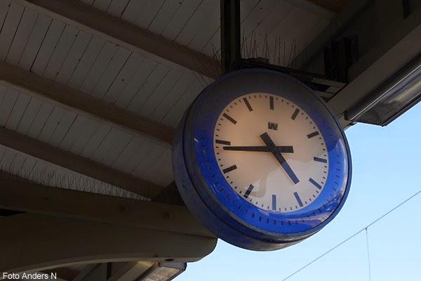 klocka järnvägsstation