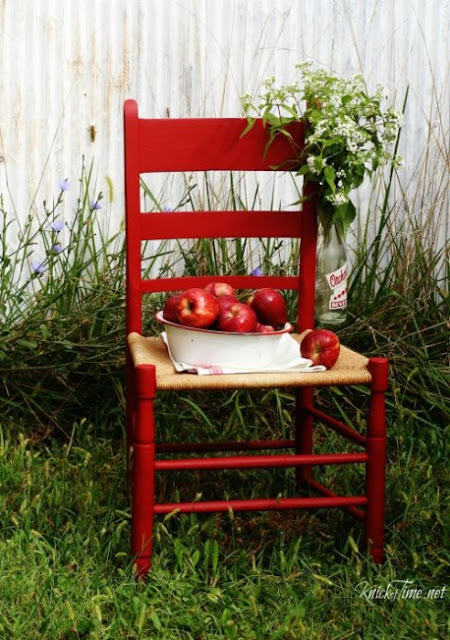 knick of time apple red chair