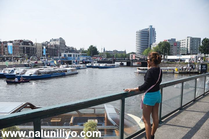 Sexy Hot Lochana Imashi Short Blue Pants in Netherlands