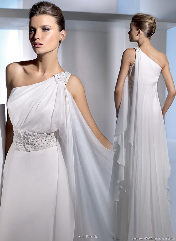 Coolingerie grecian wedding dresses for a bride with for Greek goddess style wedding dresses