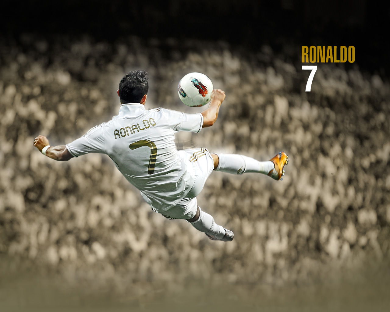 Cristiano Ronaldo New Latest Wallpapers 2013