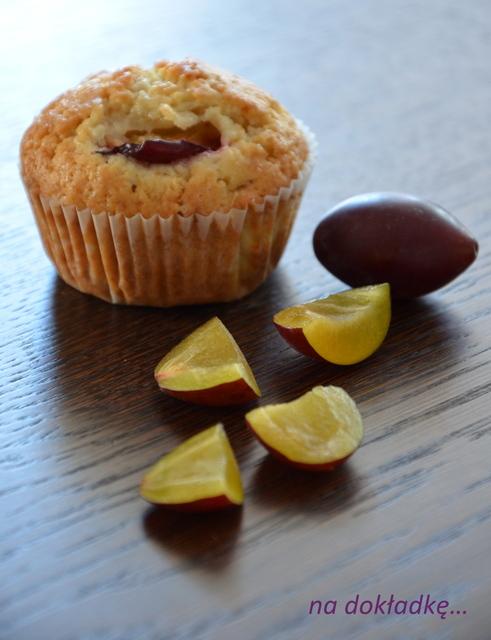 przepis na muffiny ze śliwkami
