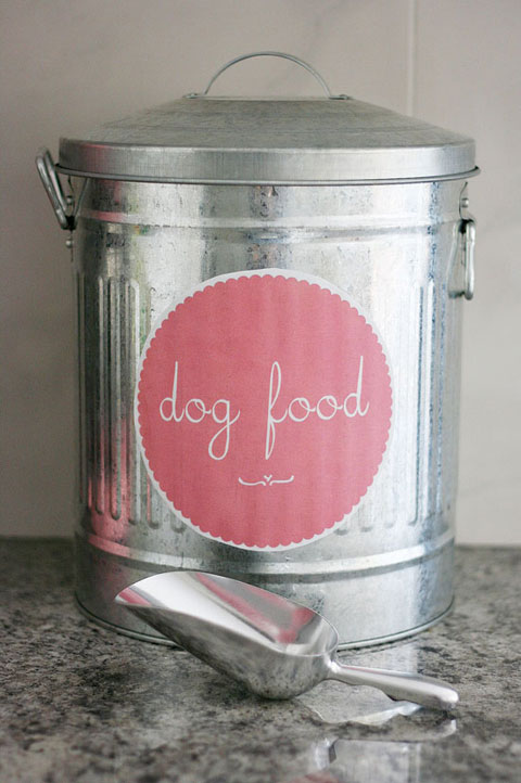 Because you know what? Itu0027s not as hard as you might think! Here are my top 3 tips for simple yet ridiculously good looking pet food storage. & IHeart Organizing: UHeart Organizing: 3 Simple Steps to Stylish Pet ...