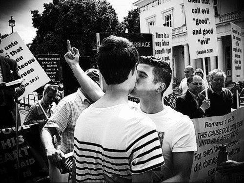 Гомофобія - проблема в сучасній Україні