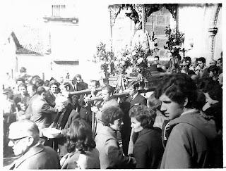 Inicio de la bajada del Cristo de Candelario Salamanca