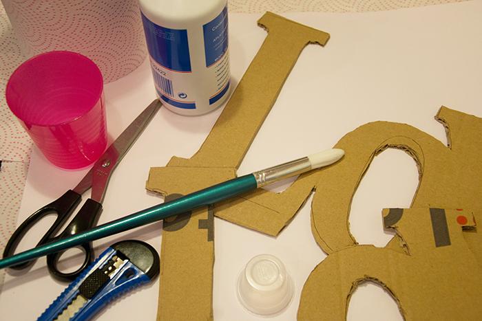 cartel-letras-papel mache