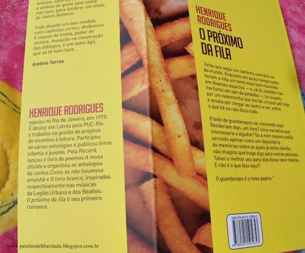 Resenha, livro, O Próximo da Fila, Henrique Rodrigues, romance-de-formação, record, trechos, opinião, sinopse, capa, fast-food