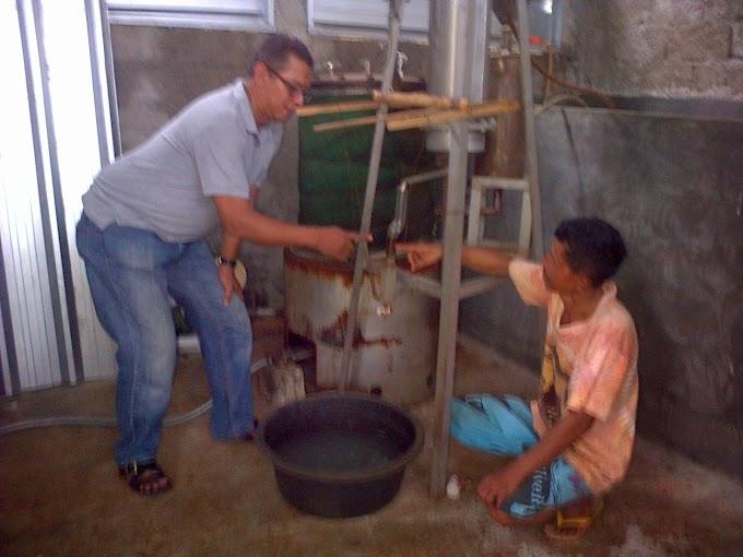 Petani Gaharu Mulai Produksi Minyak Wangi