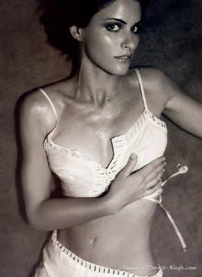 Sexy amanda peet nude